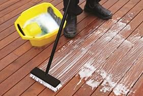deck scrubbing